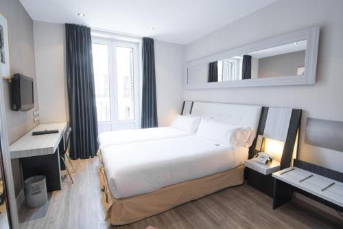 A room at Petit Palace Arenal