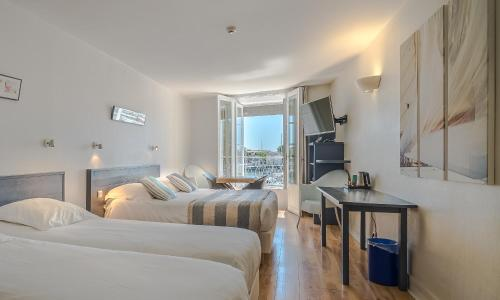 Hotel La Marine La Rochelle, France