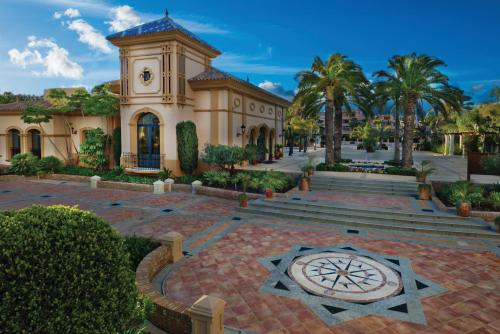 A porch or other outdoor area at Marriott's Playa Andaluza, A Marriott Vacation Club Resort