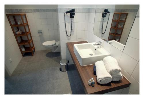 A bathroom at Hotel Florent