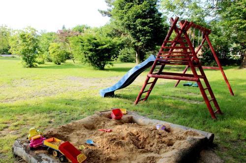 Herní místnost nebo prostor pro děti v ubytování Chata v Beskydech