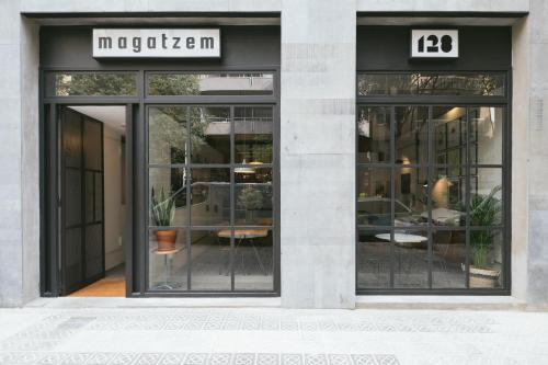 A patio or other outdoor area at Magatzem 128