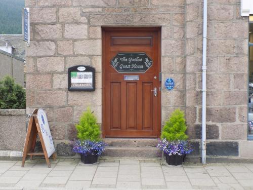 The facade or entrance of Gordon Guesthouse