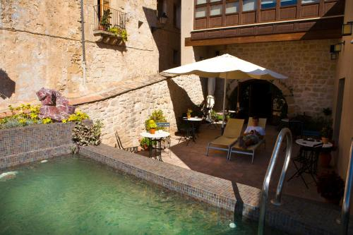 A porch or other outdoor area at Hotel del Sitjar