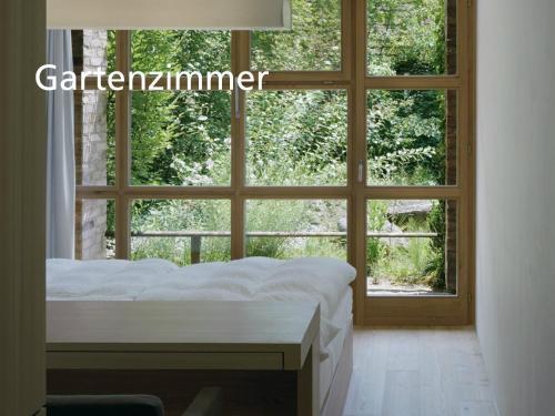 Ein Blick auf den Garten von der Unterkunft Kartause Ittingen aus oder aus der Nähe
