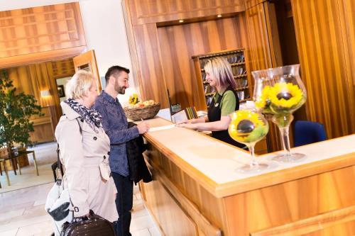 Lobby/Rezeption in der Unterkunft Wunsch Hotel Mürz - Natural Health & Spa Hotel
