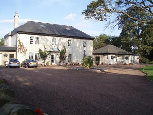 Adniston Manor