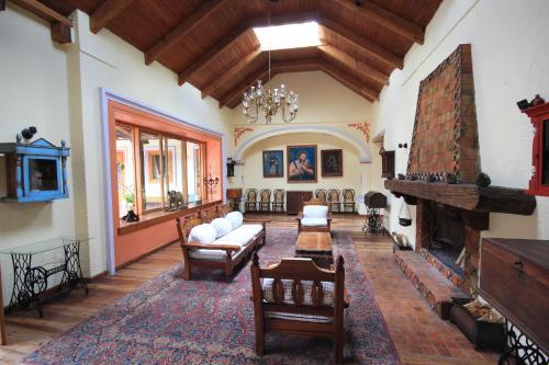 Salon ou bar de l'établissement Hotel Diego de Mazariegos
