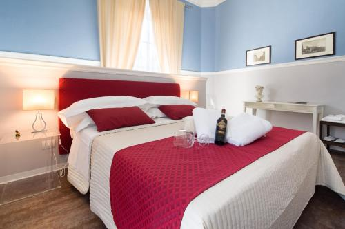 A bed or beds in a room at B&B Residenza San Gallo 79