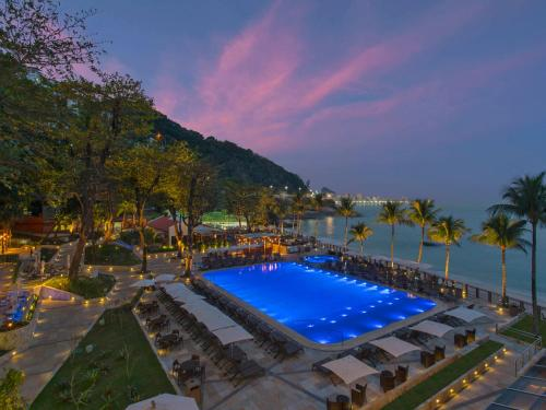 A view of the pool at Sheraton Grand Rio Hotel & Resort or nearby