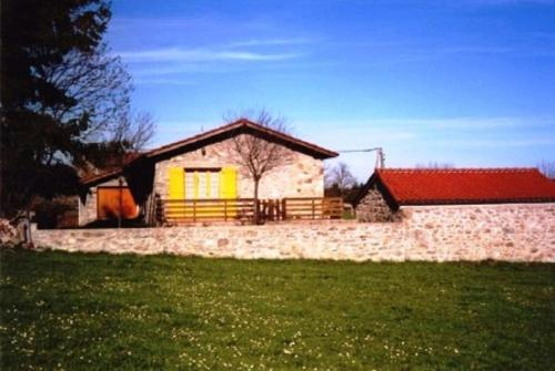A garden outside La maison d'Audiard