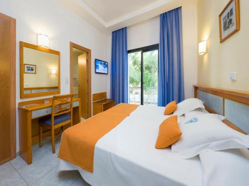 Een kamer bij Hotel Osiris Ibiza