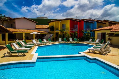The swimming pool at or near Hotel Girassol All Inclusive