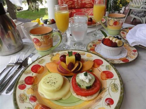 Breakfast options available to guests at 1875 A Charters Inn