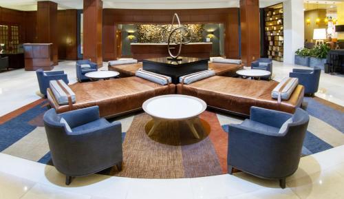 The lounge or bar area at Hilton Harrisburg near Hershey Park