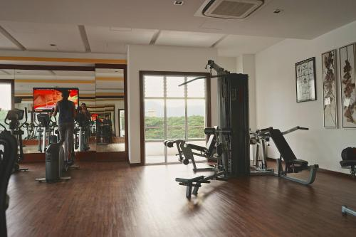 The fitness centre and/or fitness facilities at The Majestic Ipoh by The Osborne