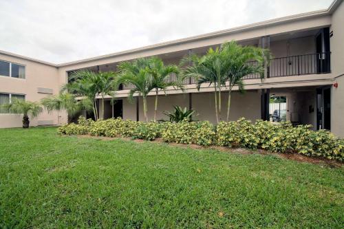 Zahrada ubytování Motel 6-Miami, FL