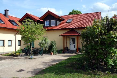 Ein Garten an der Unterkunft Ferienhof Sennert