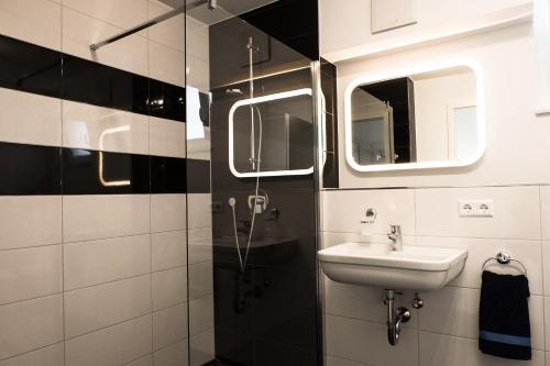 Ein Badezimmer in der Unterkunft Design Apartment Metzingen