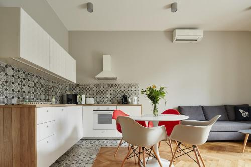 Kuchnia lub aneks kuchenny w obiekcie PlayRoom Aparthotel