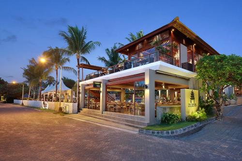The facade or entrance of Bali Niksoma Boutique Beach Resort