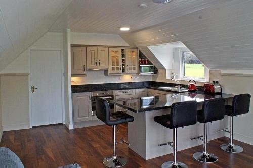 A kitchen or kitchenette at The Anchorage