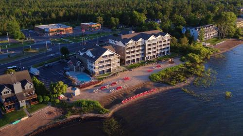 A bird's-eye view of Cherry Tree Inn and Suites
