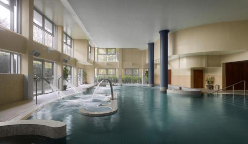 The swimming pool at or near Radisson BLU Hotel & Spa, Little Island Cork