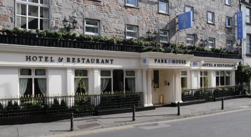 The facade or entrance of Park House Hotel