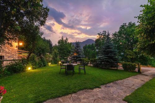 Jardín al aire libre en Casa Martin Ordesa
