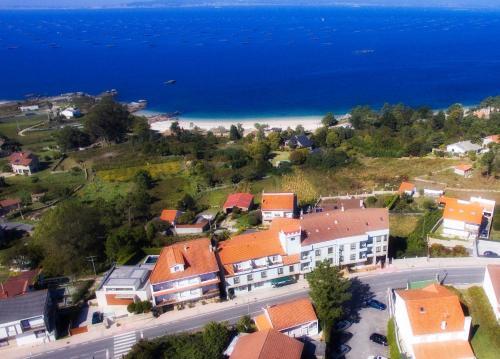 A bird's-eye view of Hotel Mirador Ría de Arosa