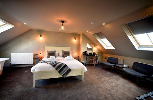 A room at The Chequers Inn