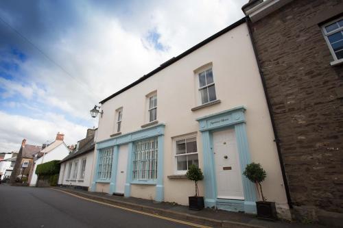 Mortimer House Crickhowell