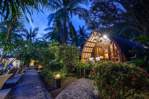 A garden outside Manta Dive Gili Trawangan Resort