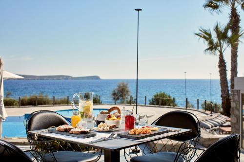 Εστιατόριο ή άλλο μέρος για φαγητό στο Poseidon of Paros Hotel & Spa