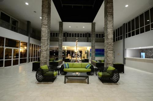 The lobby or reception area at Royal St. Kitts Hotel