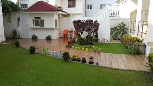 A garden outside Club Boracay Apartelle