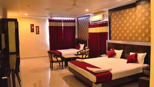 A room at Hotel Olympia Inn