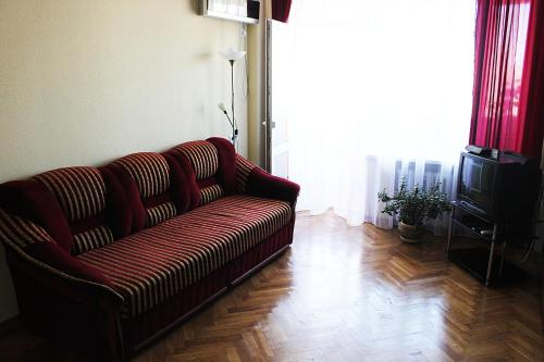 A seating area at Apartments on Pechersk