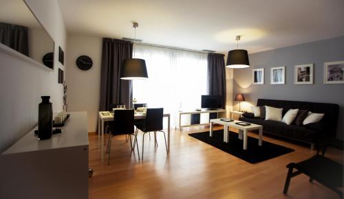 El salón o zona de bar de Apartaments Casanova Bcn
