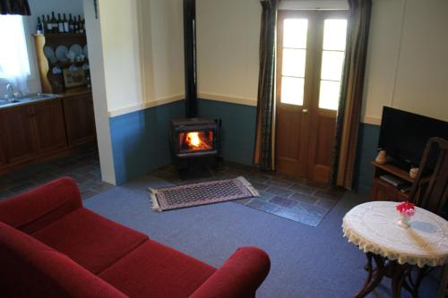 A seating area at Coonawarra's Pyrus Cottage
