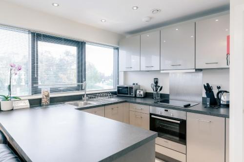 Room Space Service Apartments � New Manor House