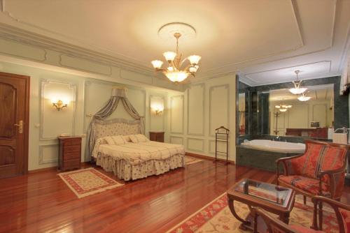 A room at Pazo de Monterrei