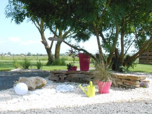 "A garden outside Gîtes ""Le Gazeau"""