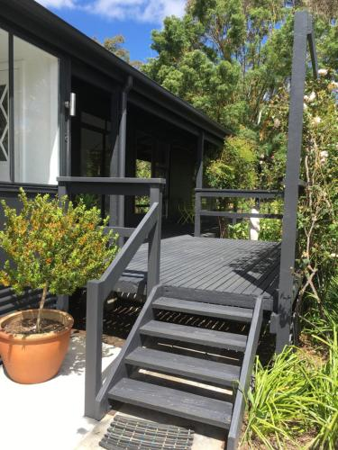 A porch or other outdoor area at Hilltop Too