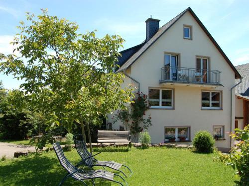 Beautiful Holiday Home in County of Manderscheid with Sauna