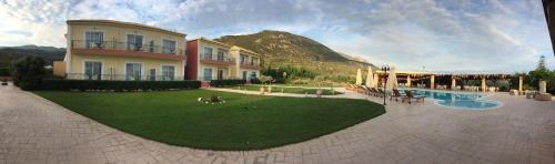 Πισίνα στο ή κοντά στο Kalloni Royal Resort
