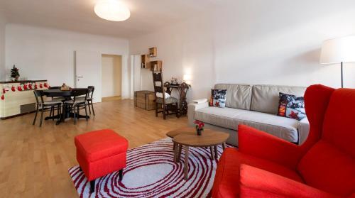 Ein Sitzbereich in der Unterkunft Next2Mozart-Apartment