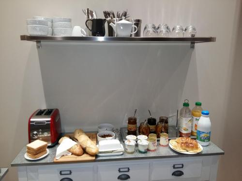 Breakfast options available to guests at What Else Hotel