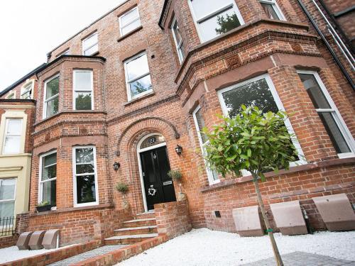 Queens Quarter Apartments